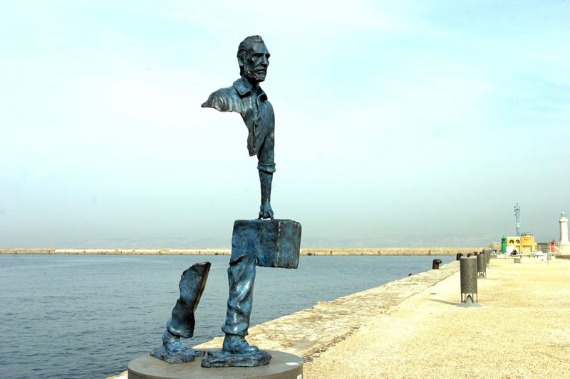 Bronze statue in Marseilles